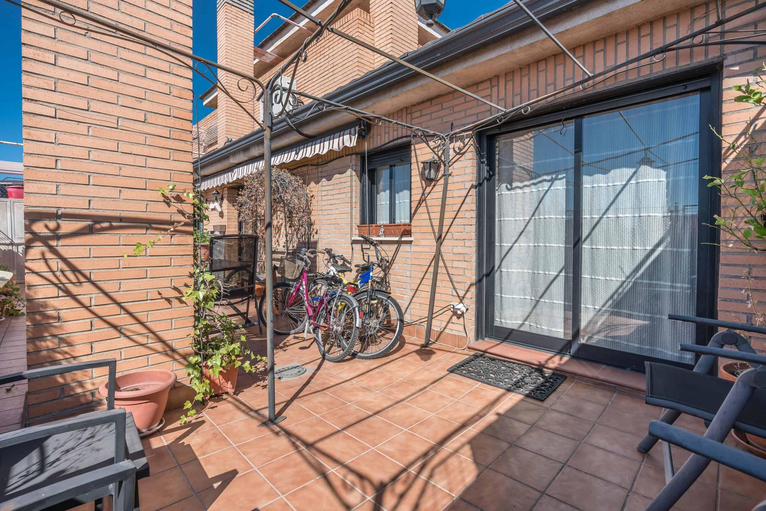 Agencia Inmobiliaria de Madrid-FUTUROCASA-Zona ARGANZUELA-EMBAJADORES-LEGAZPI2 TERRAZA (5)