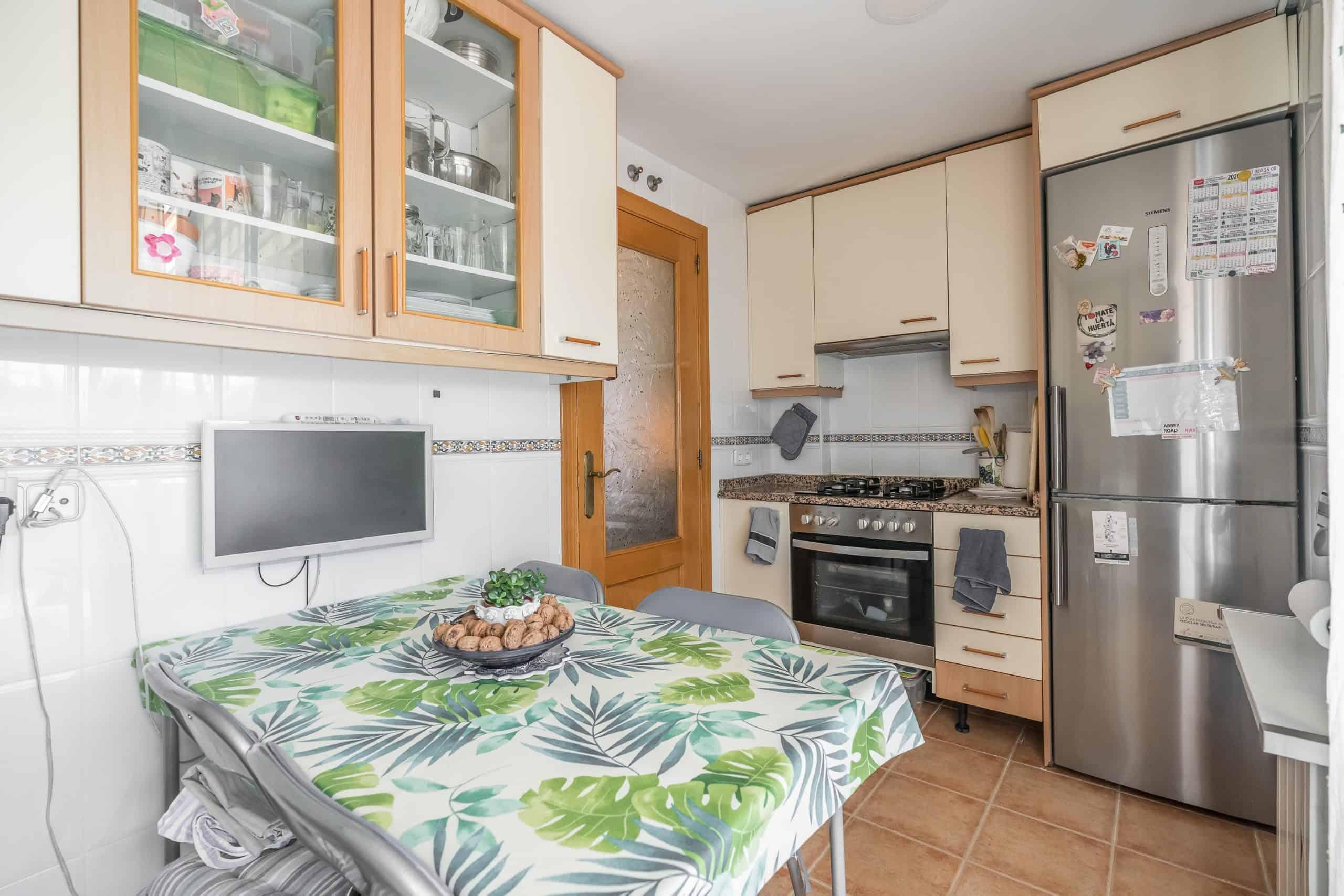 Agencia Inmobiliaria de Madrid-FUTUROCASA-Zona ARGANZUELA-EMBAJADORES-LEGAZPI7 COCINA (2)