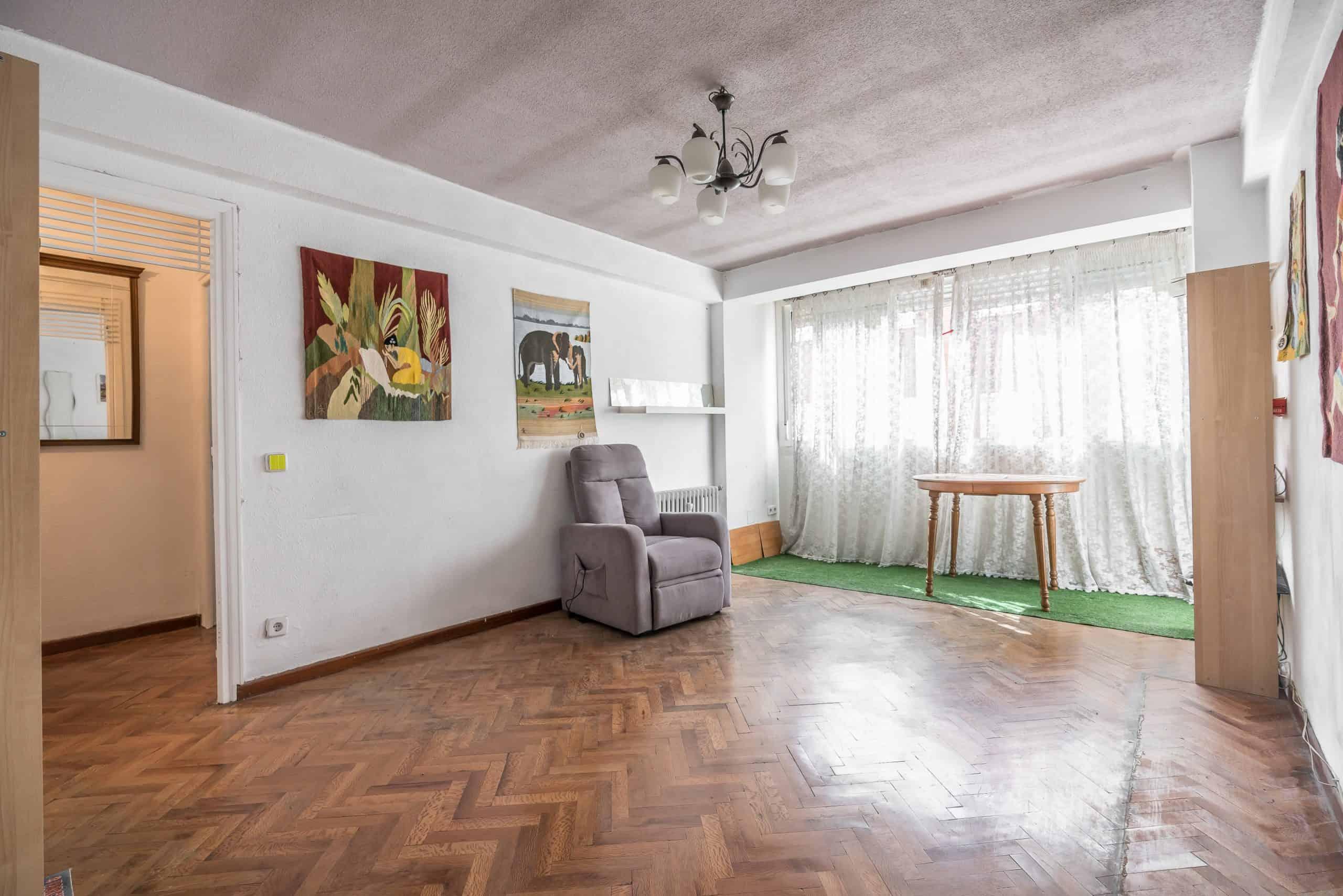 Agencia Inmobiliaria de Madrid-FUTUROCASA-calle Alcala-Salon
