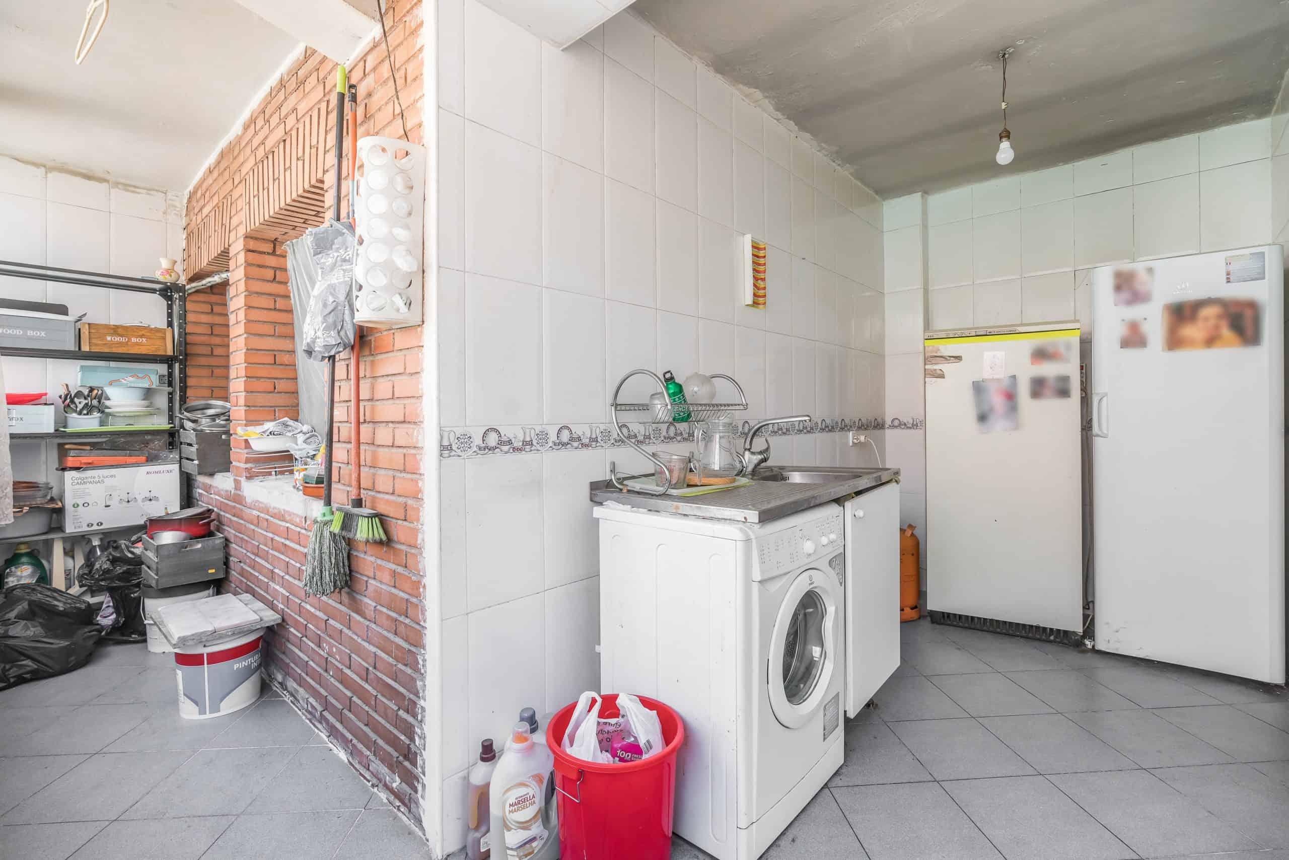 Agencia Inmobiliaria de Madrid-FUTUROCASA-calle Alcala- cocina 2 (2)