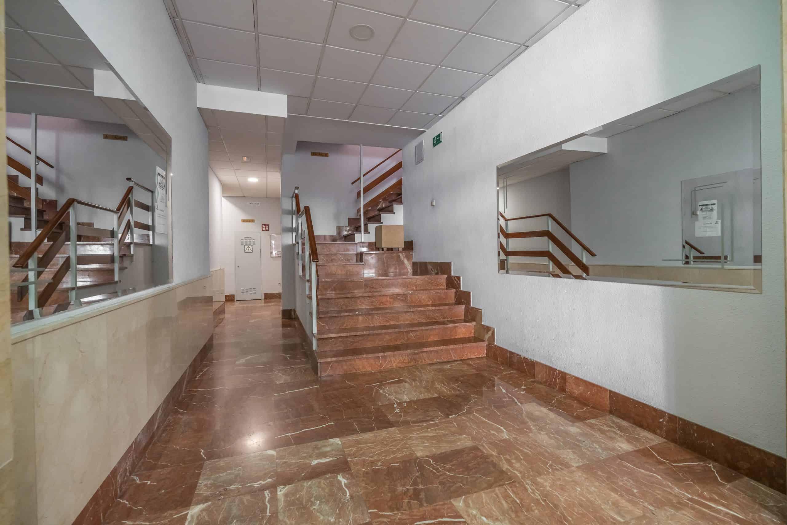 Agencia Inmobiliaria de Madrid-FUTUROCASA-calle Alcala- portal 3