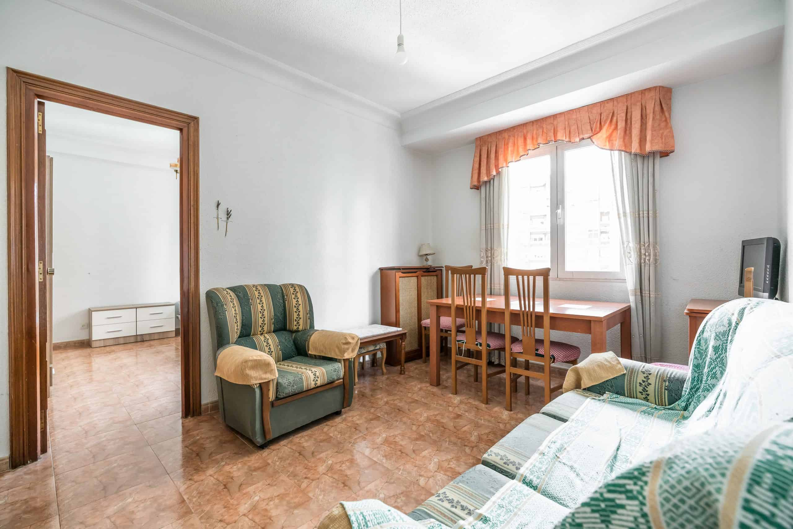 Agencia Inmobiliaria de Madrid-FUTUROCASA-calle Embajadores-Chopera-Arganzuela-1 SALON (0)