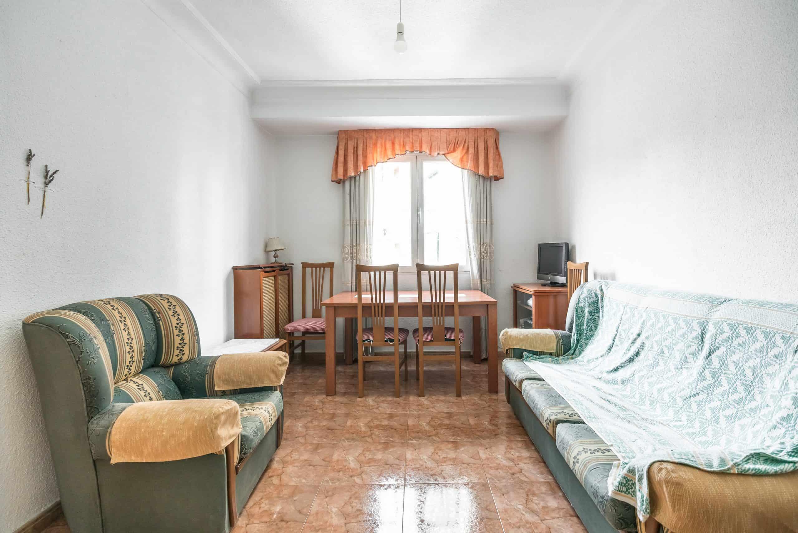 Agencia Inmobiliaria de Madrid-FUTUROCASA-calle Embajadores-Chopera-Arganzuela1 SALON (2)