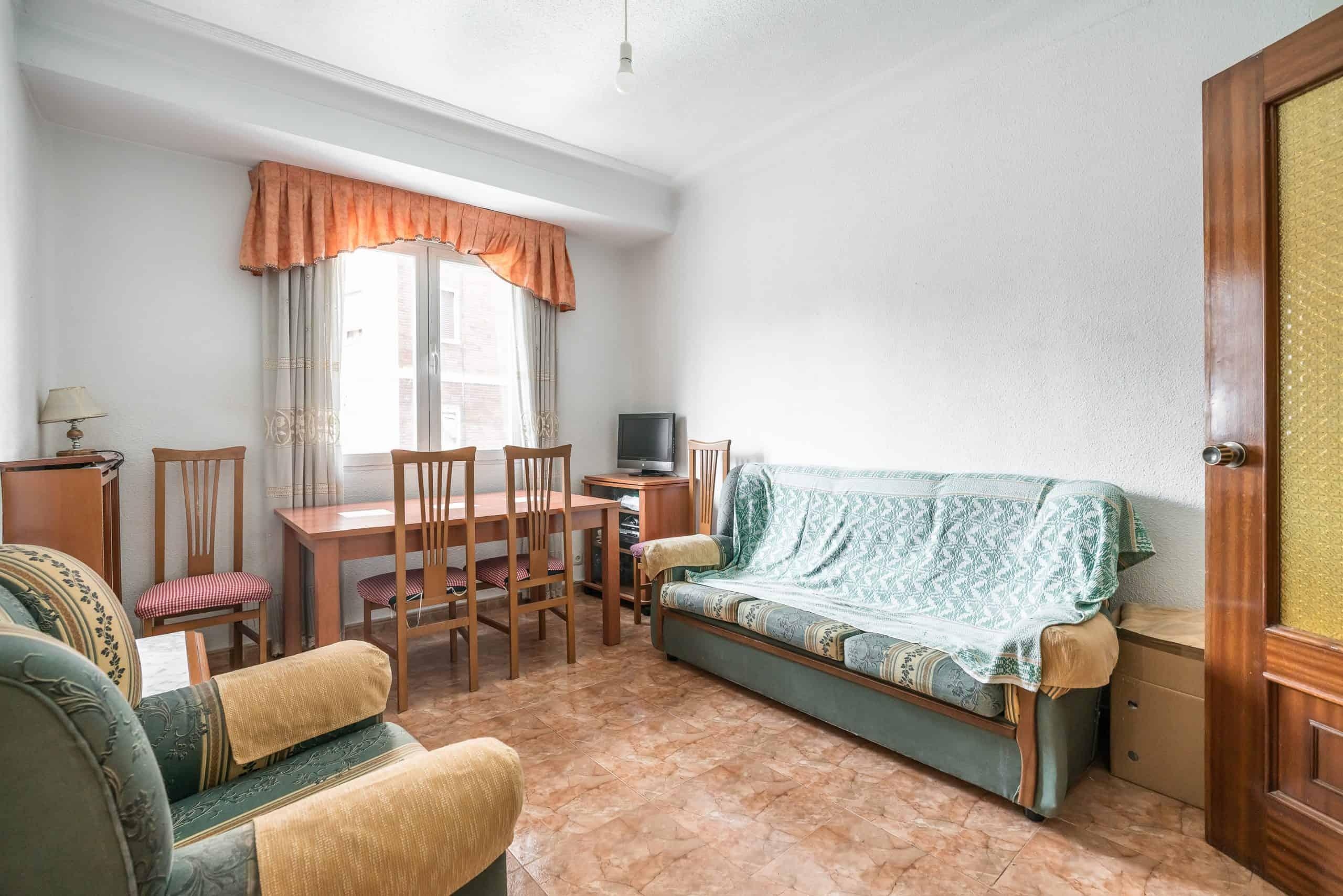 Agencia Inmobiliaria de Madrid-FUTUROCASA-calle Embajadores-Chopera-Arganzuela1 SALON (3)