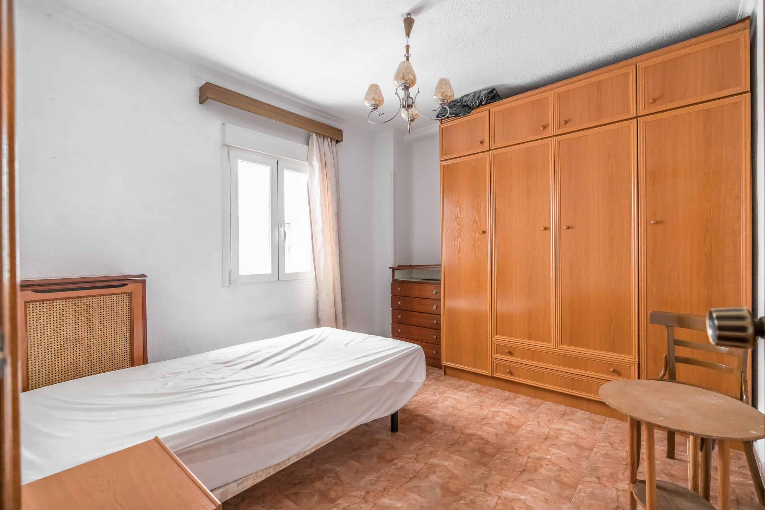 Agencia Inmobiliaria de Madrid-FUTUROCASA-calle Embajadores-Chopera-Arganzuela2 DORMITORIO1 (1)