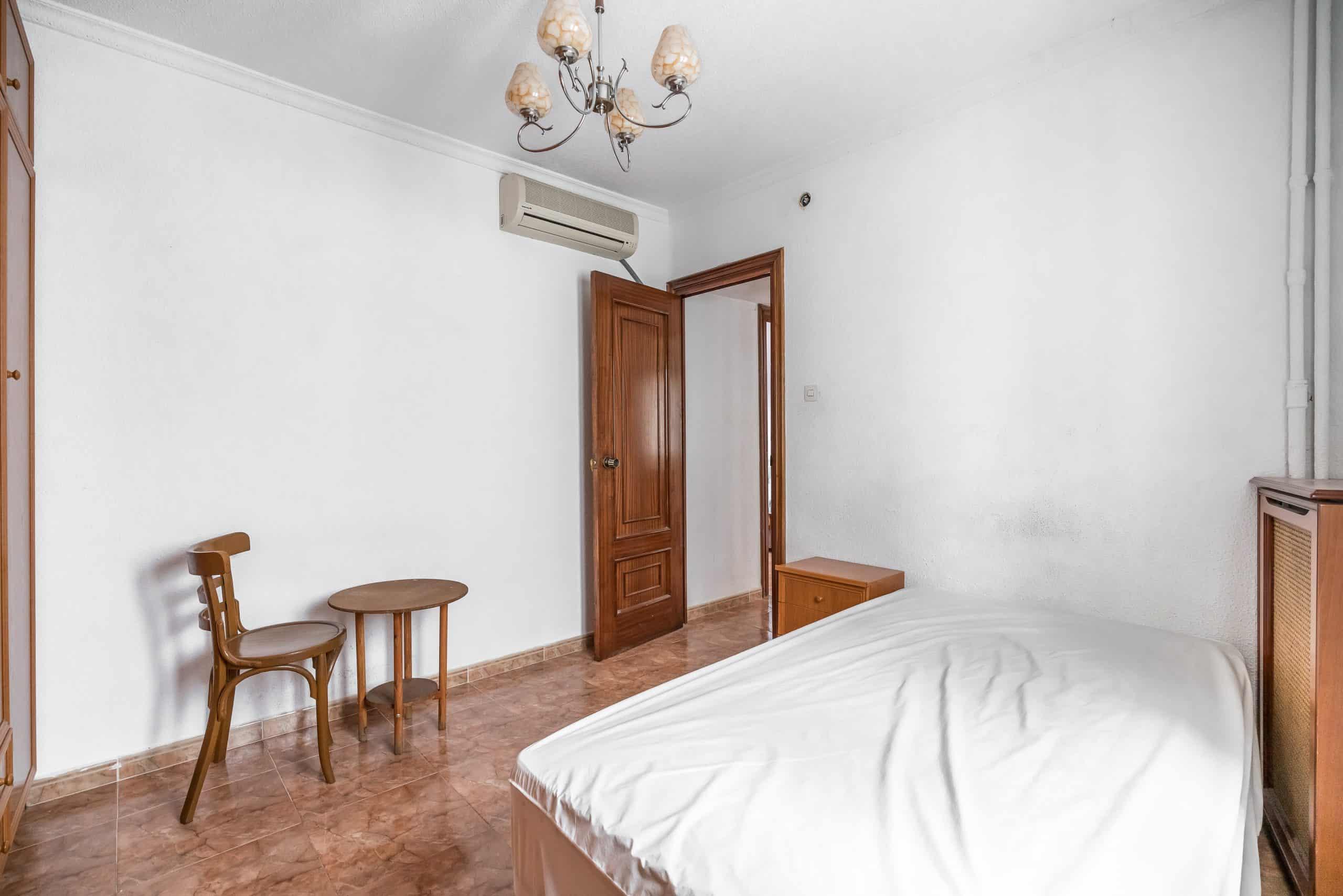 Agencia Inmobiliaria de Madrid-FUTUROCASA-calle Embajadores-Chopera-Arganzuela2 DORMITORIO1 (3)