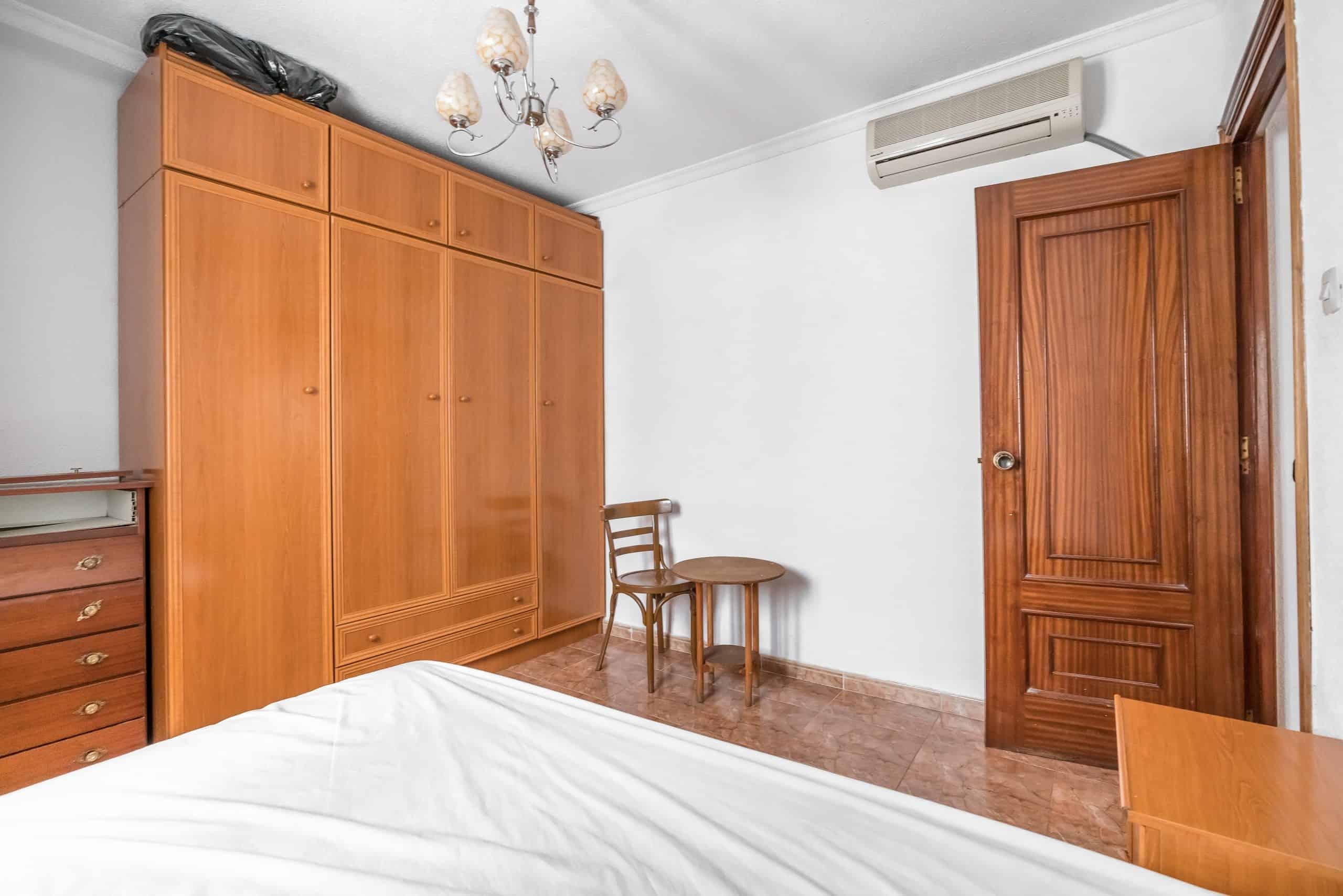 Agencia Inmobiliaria de Madrid-FUTUROCASA-calle Embajadores-Chopera-Arganzuela2 DORMITORIO1 (4)