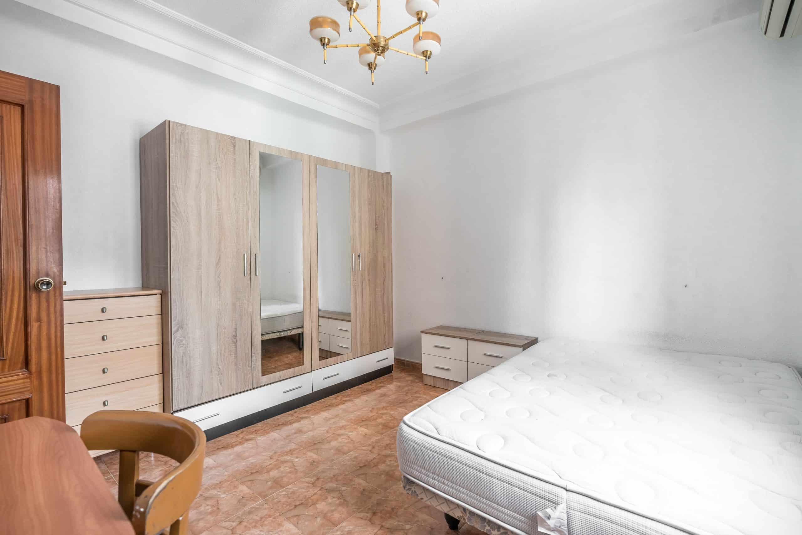 Agencia Inmobiliaria de Madrid-FUTUROCASA-calle Embajadores-Chopera-Arganzuela4 DORMITORIO2 (2)
