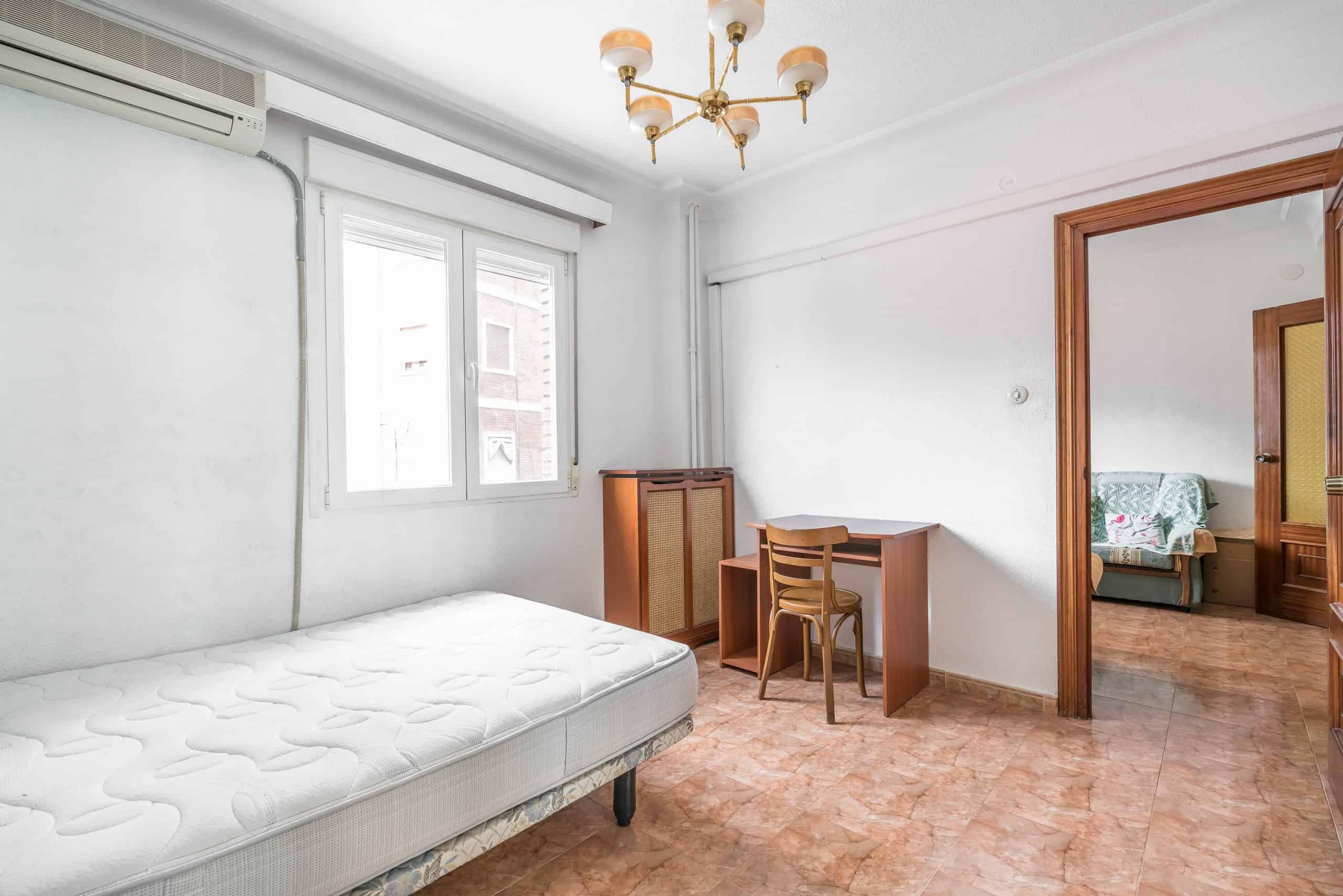 Agencia Inmobiliaria de Madrid-FUTUROCASA-calle Embajadores-Chopera-Arganzuela4 DORMITORIO2 (3)
