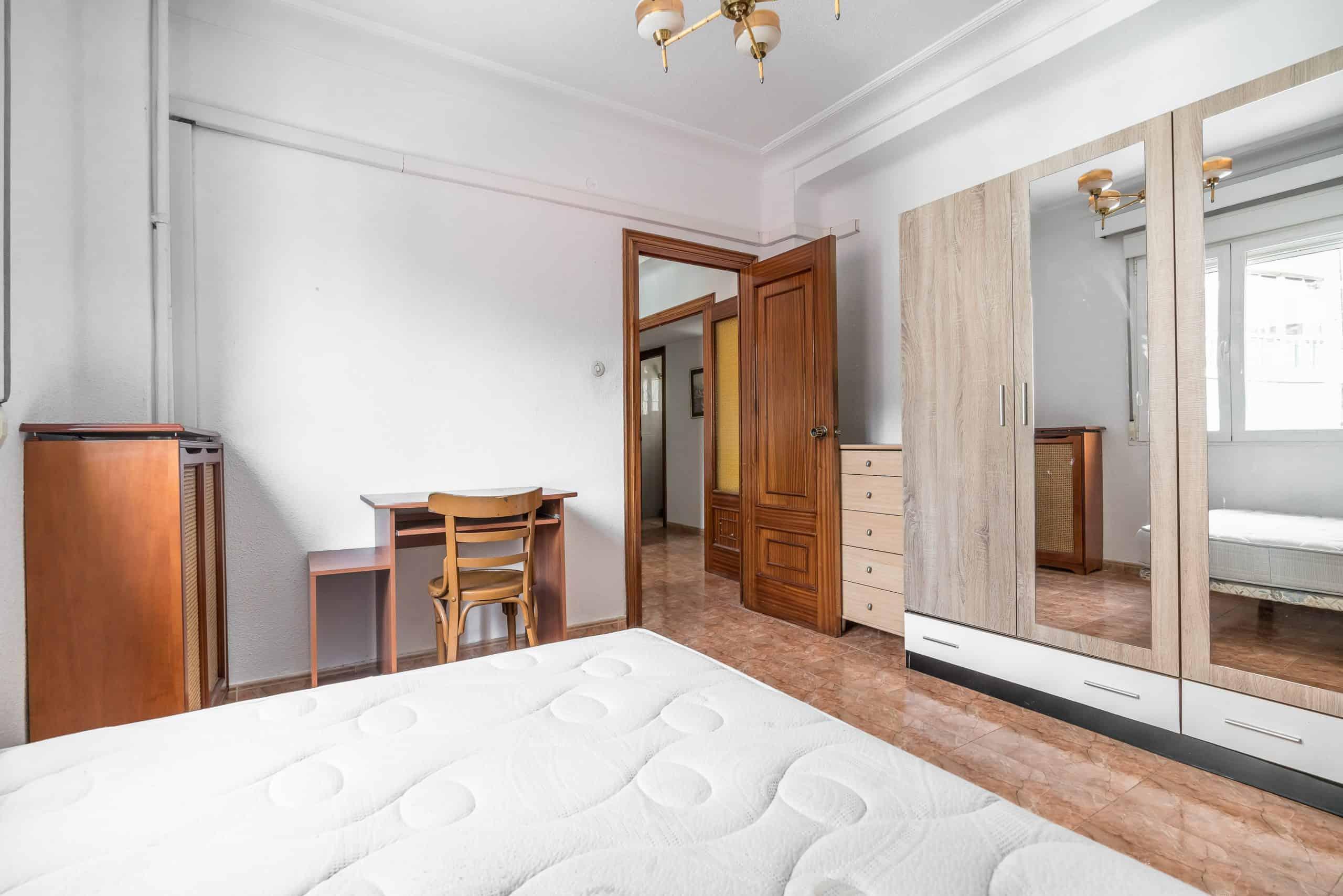 Agencia Inmobiliaria de Madrid-FUTUROCASA-calle Embajadores-Chopera-Arganzuela4 DORMITORIO2 (4)