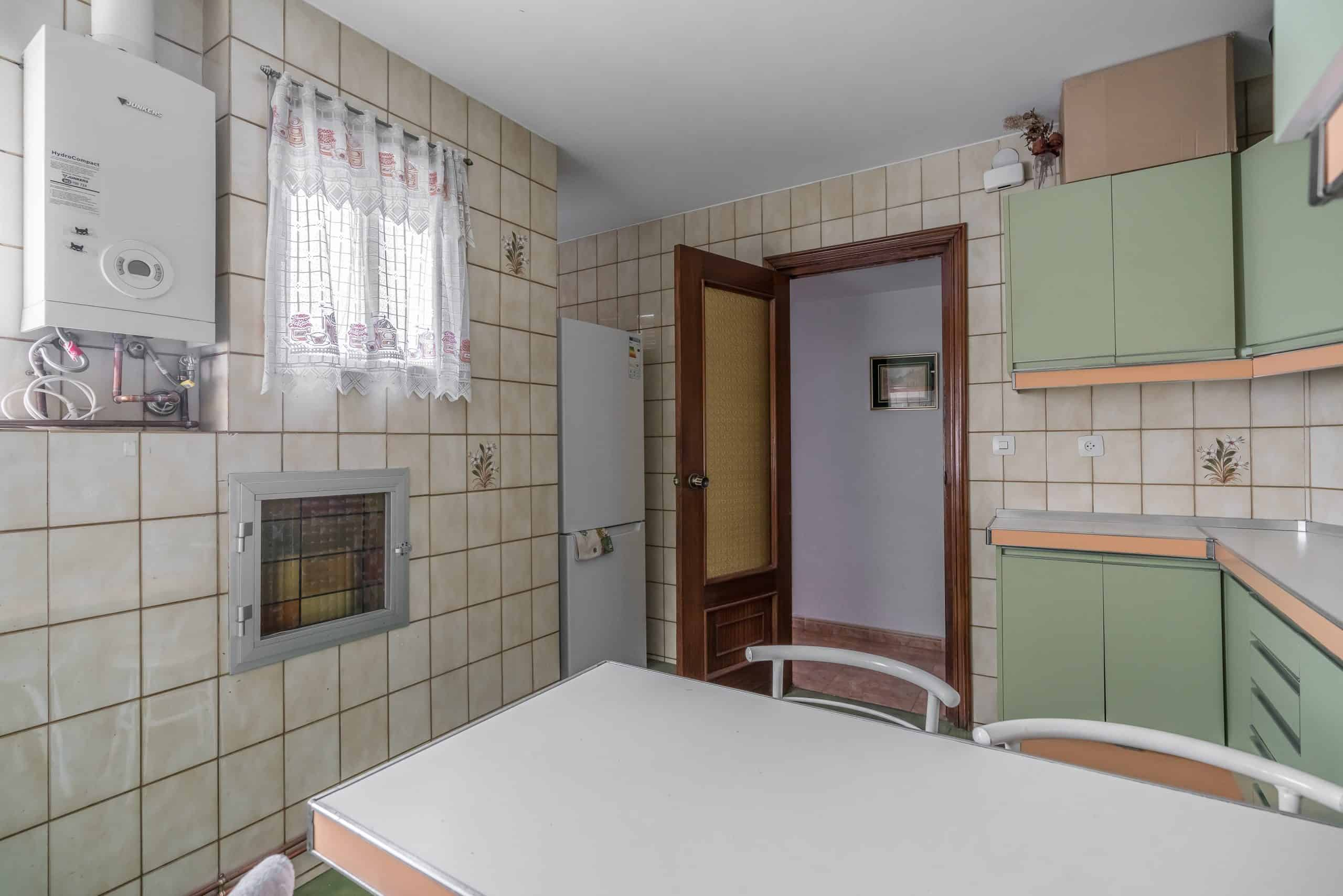 Agencia Inmobiliaria de Madrid-FUTUROCASA-calle Embajadores-Chopera-Arganzuela5 COCINA (4)