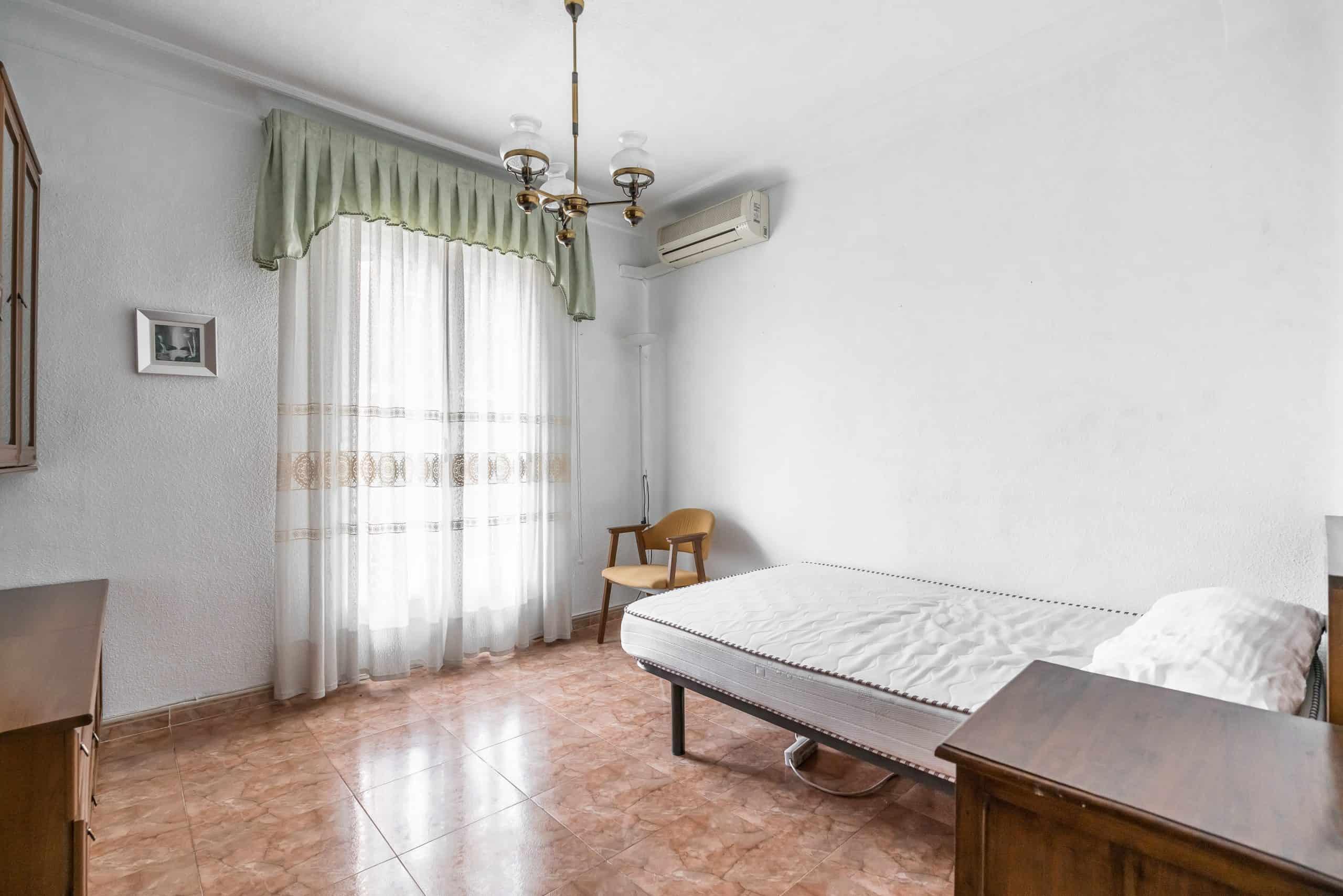 Agencia Inmobiliaria de Madrid-FUTUROCASA-calle Embajadores-Chopera-Arganzuela6 DORMITORIO3 (1)
