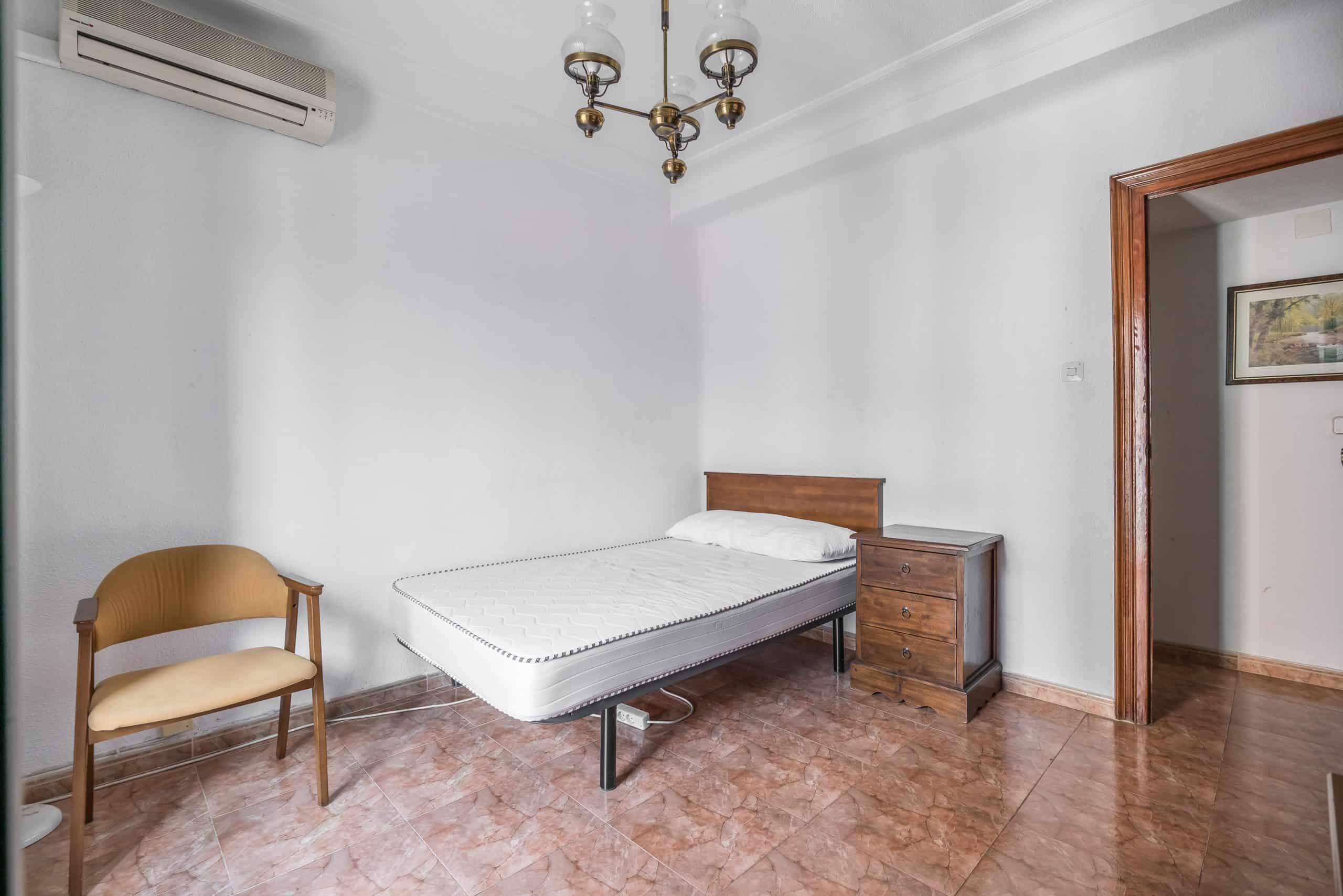 Agencia Inmobiliaria de Madrid-FUTUROCASA-calle Embajadores-Chopera-Arganzuela6 DORMITORIO3 (2)