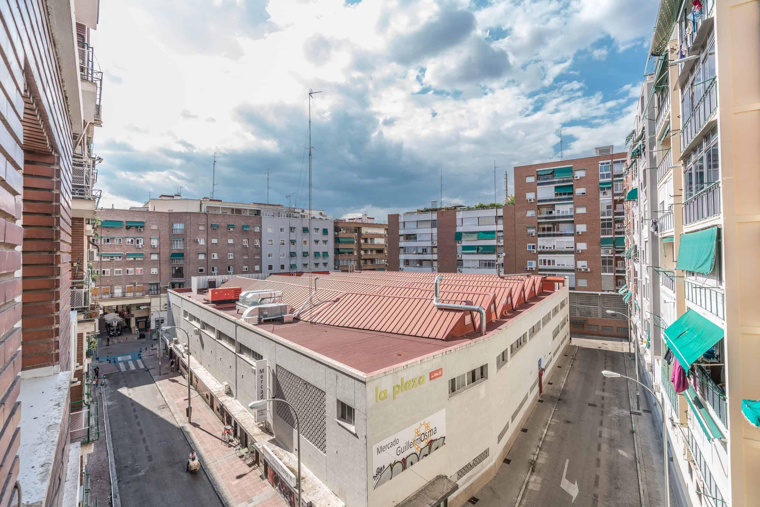 Agencia Inmobiliaria de Madrid-FUTUROCASA-calle Embajadores-Chopera-Arganzuela7 BALCON Y VISTAS (5)