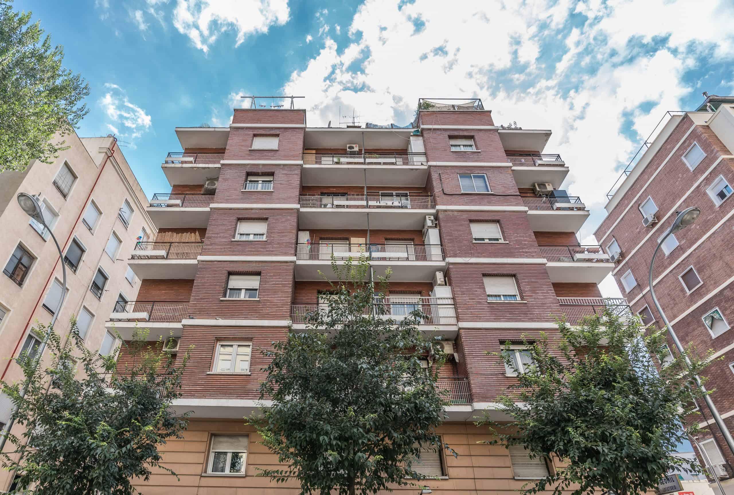 Agencia Inmobiliaria de Madrid-FUTUROCASA-calle Embajadores-Chopera-Arganzuela9 FACHADA (1)