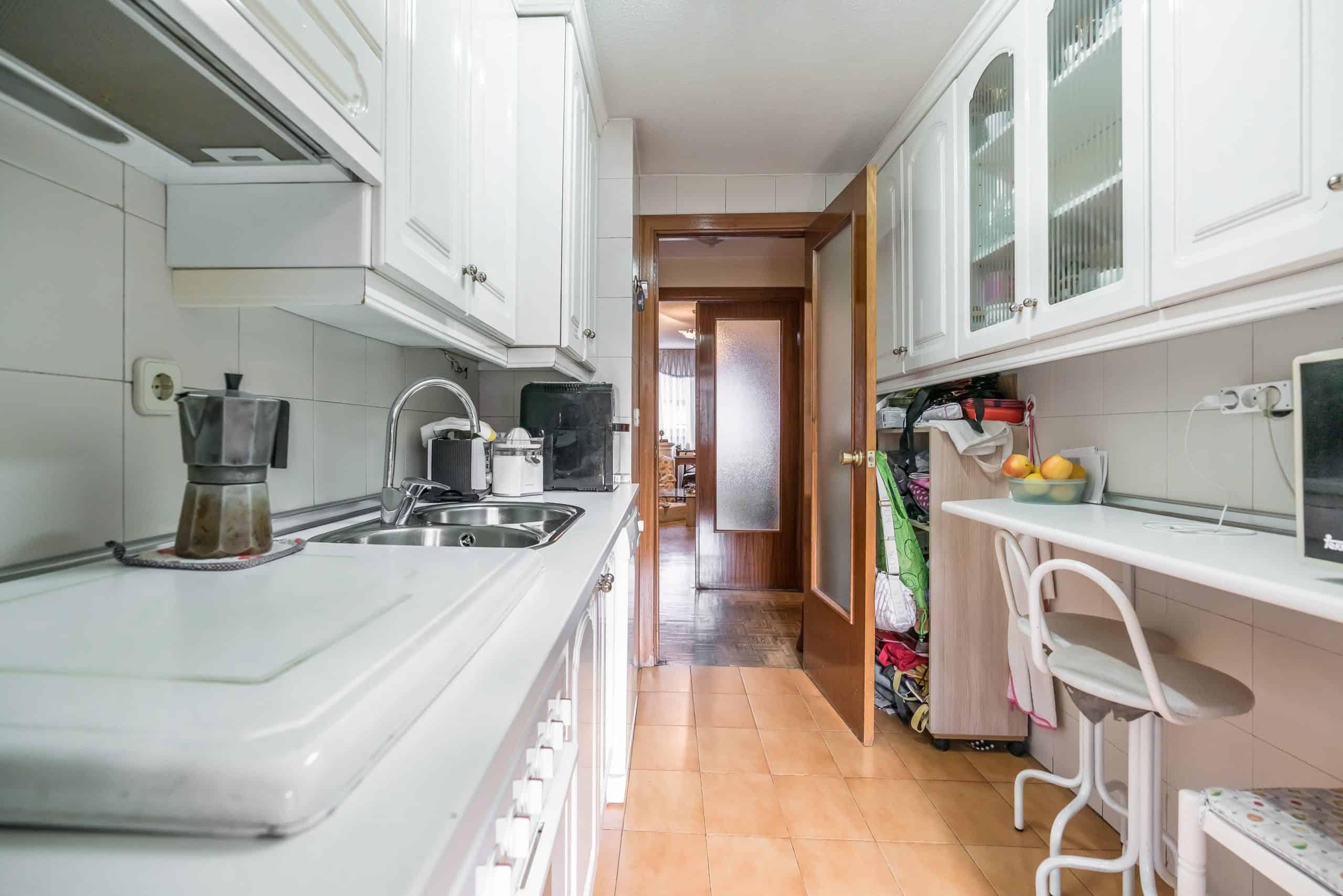 Agencia Inmobiliaria de Madrid-FUTUROCASA- COCINA (5)