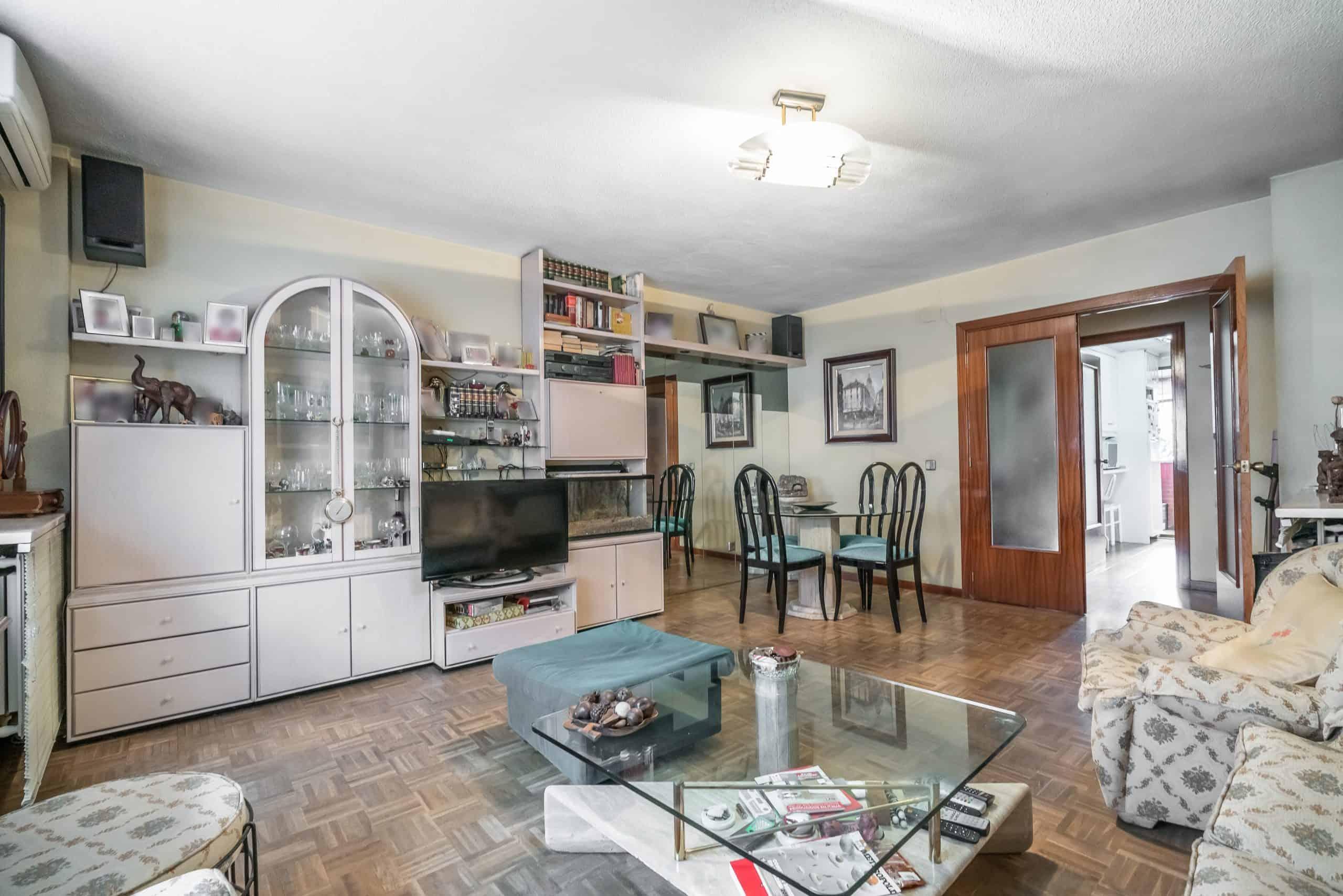 Agencia Inmobiliaria de Madrid-FUTUROCASA-Calle Unanimidad SALON (6)