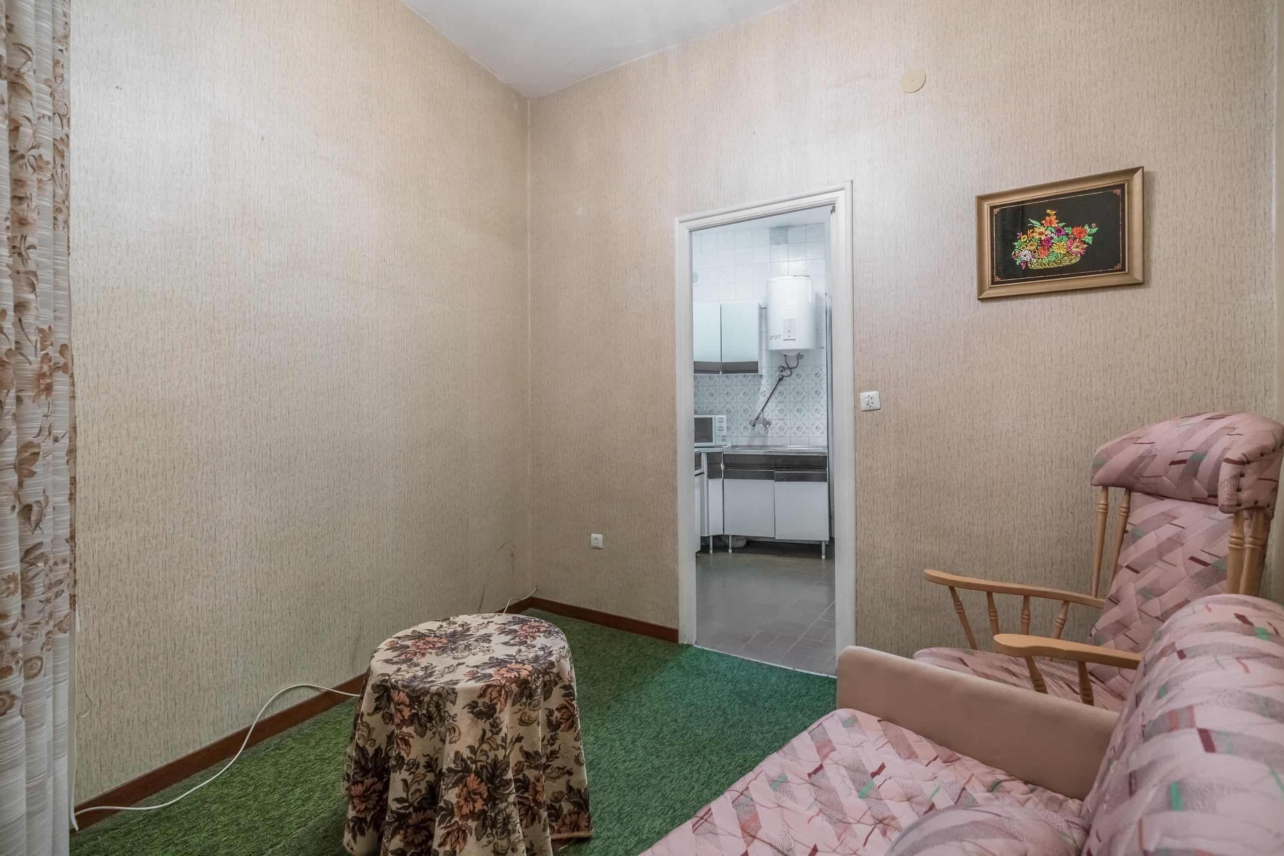 Agencia Inmobiliaria de Madrid-FUTUROCASA-Zona ARGANZUELA-EMBAJADORES-LEGAZPI -plaza General Vara del Rey-dormitorio